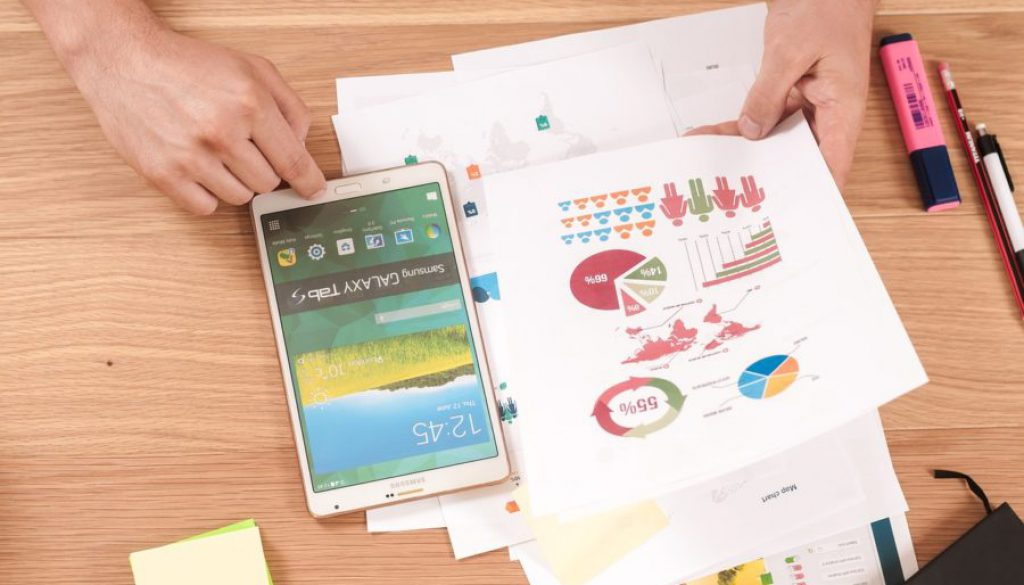 Draw Them a Picture: 4 Advantages of Infographics for Your Digital Marketing Strategy