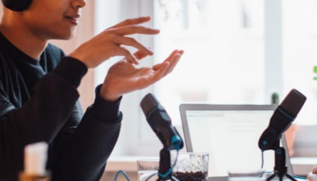 Why Podcasting Is A Smart Marketing Method For Services Today